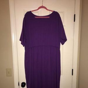 Dresses & Skirts - Short sleeve purple knit maxi dress